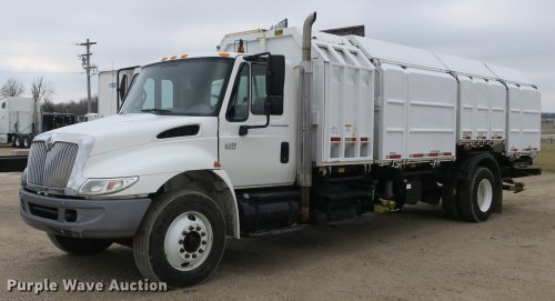 small resolution of db8923 image for item db8923 2005 international 4300 recycling truck