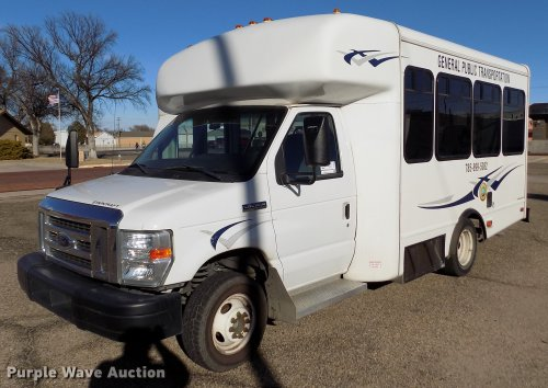 small resolution of  2009 ford e350 starcraft shuttle bus item de0420 tuesday