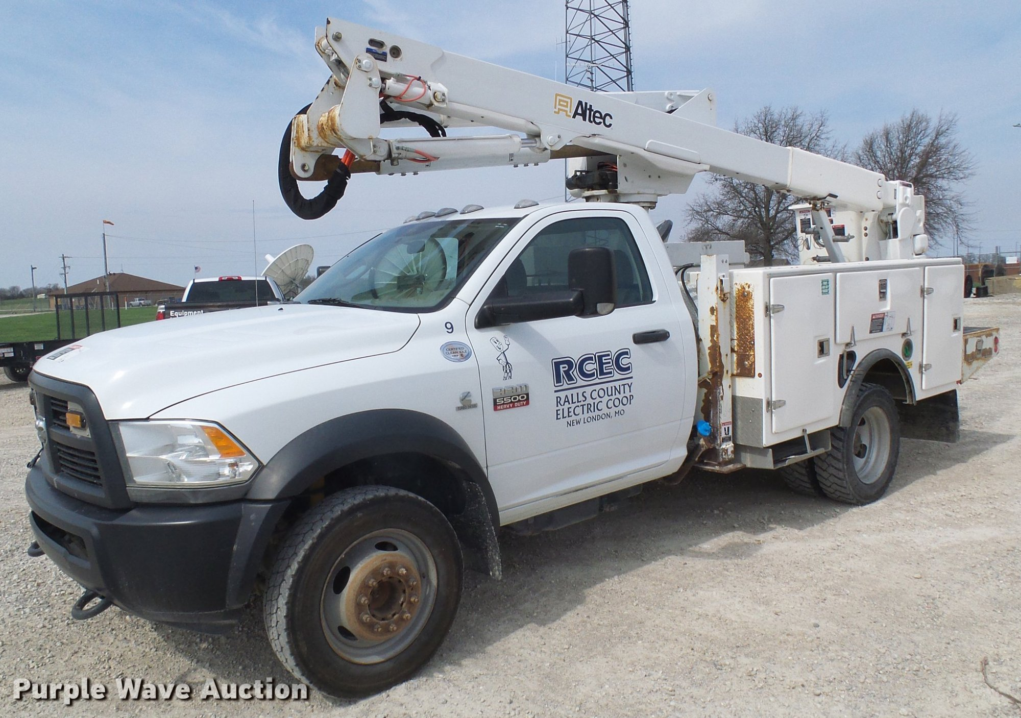 hight resolution of 2012 dodge ram 5500 bucket truck item df7196 thursday ma 2006 dodge ram trailer wiring 2012 dodge ram 5500 trailer wiring