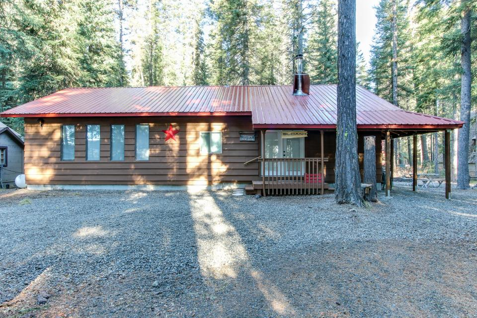Awesome Payette Lake Cabin  3 BD Vacation Rental in