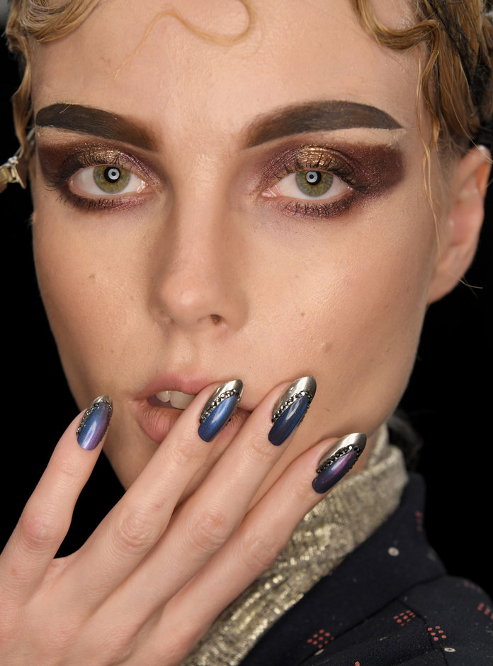 Nail art designs - The Blonds