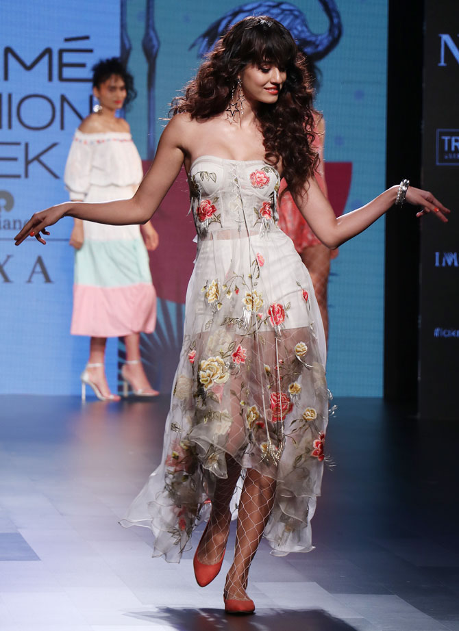 Lakme Fashion Week-Showstopper of Floral embroidery
