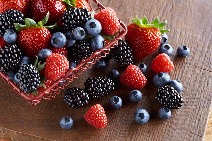How To Lose Belly Fat Fast- Berries