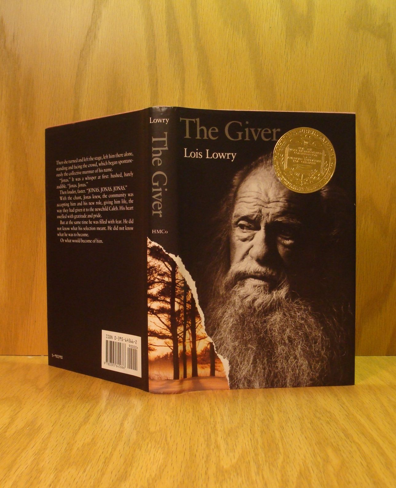 The Giver Newbery Award By Lois Lowry
