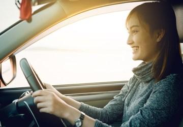 Menghemat BBM juga bisa dilakukan dengan menyetir mobil secara benar.