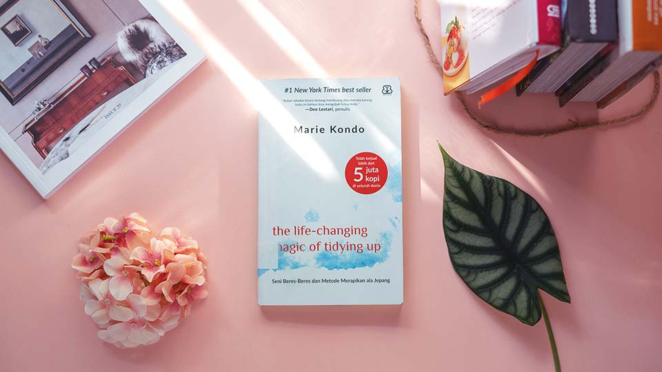review buku marie kondo life changing