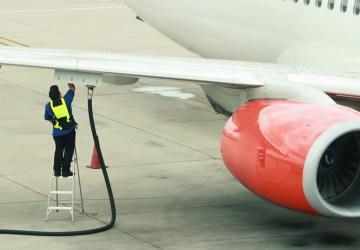 ada banyak jenis bahan bakar pesawat