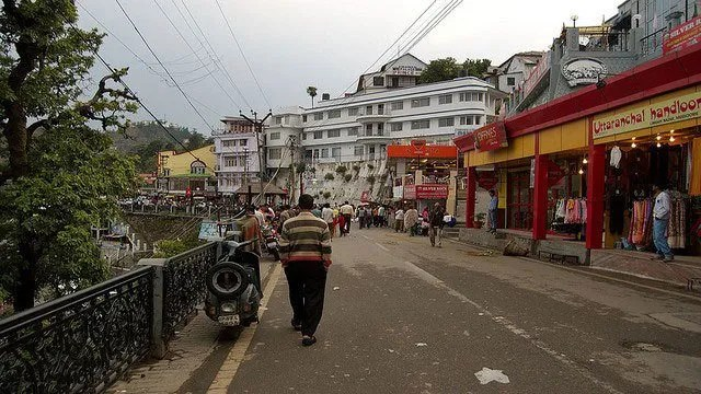 Mall Road:  10 Top Tourist Places To Visit In Mussoorie