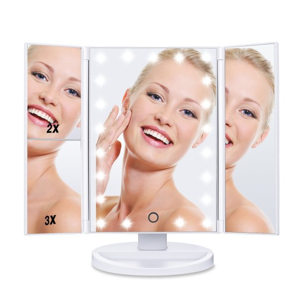 Win a $60 Lighted Makeup Mirror from Hamswan