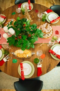 Holiday Table Setting & Decorating Ideas | Crate & Barrel Blog