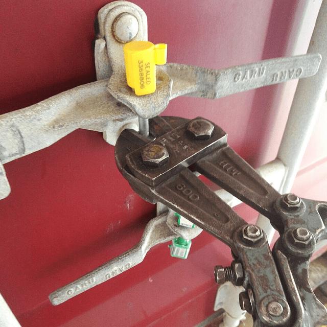20151119貨櫃開箱照-03