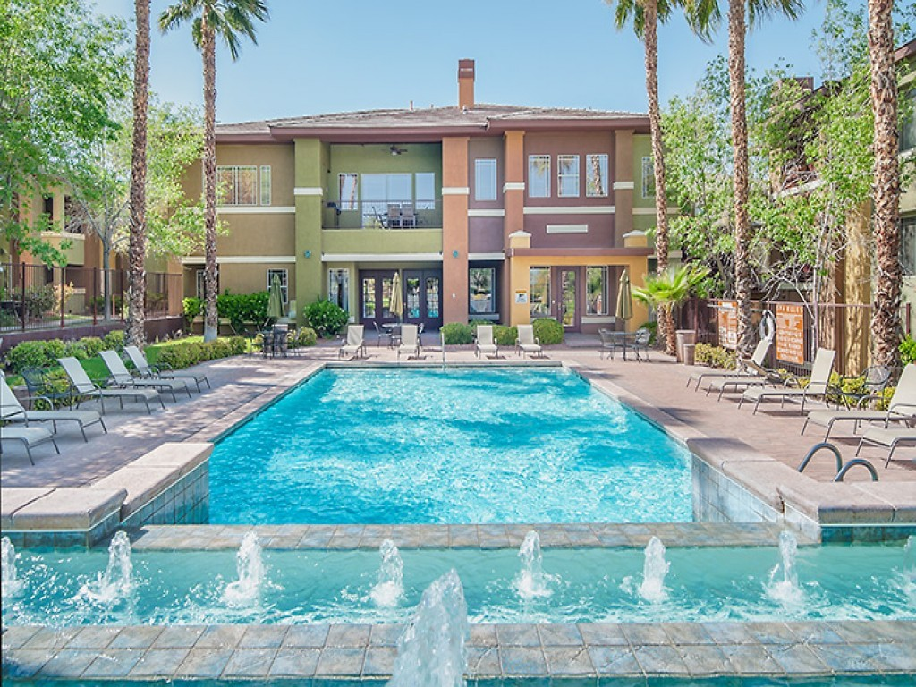 Falling Water Apartments Las Vegas