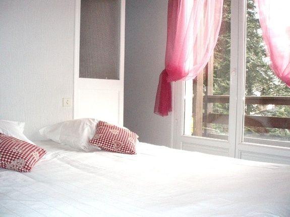 Prsentation de la chambre Chambre simple ou double Chambre double de hotel restaurant Votre