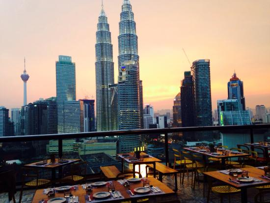 7 Rooftop Restaurants For The Best View Of Kuala Lumpur