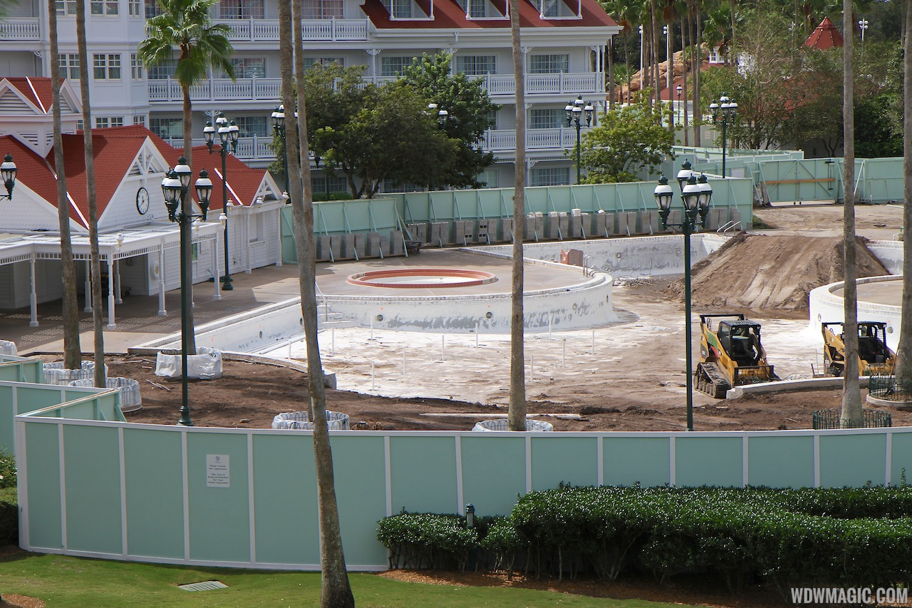 Grand Floridian Courtyard Pool Refurbishment - 3 Of 4