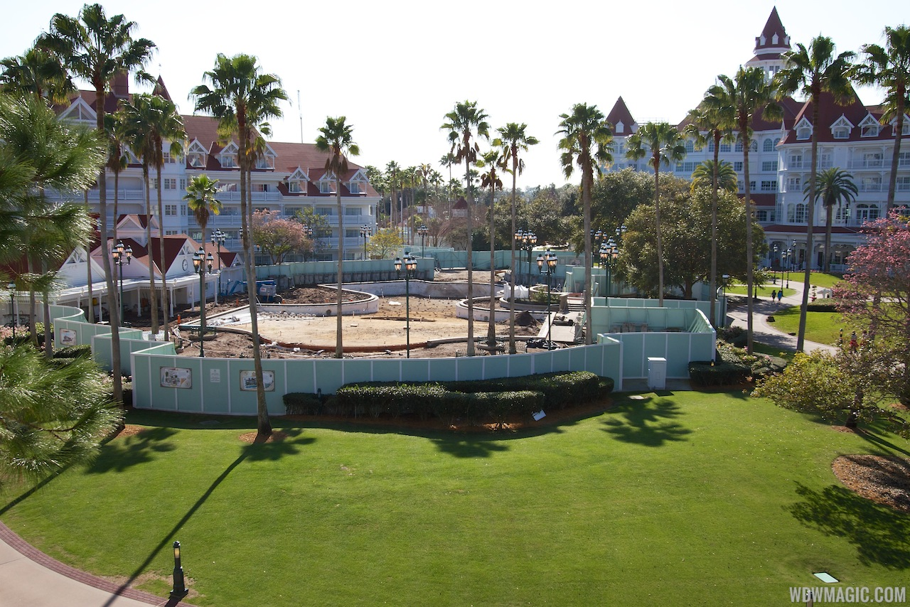 Grand Floridian Courtyard Pool Refurbishment - 1 Of 2