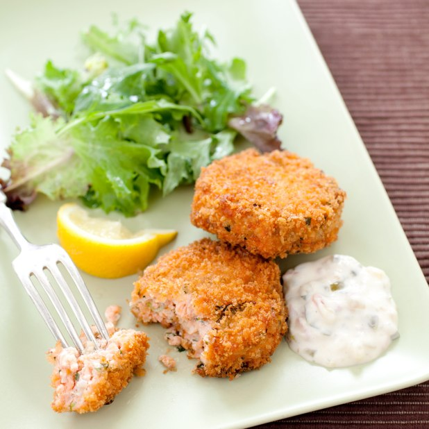 Easy Salmon Cakes Cook S Ilrated