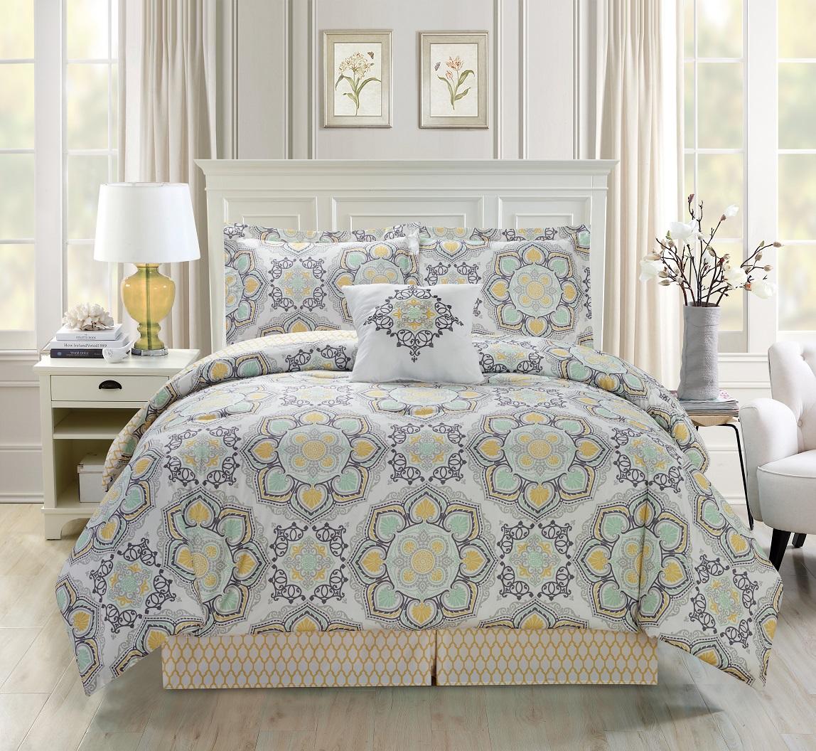 5 Piece Medallion Floral Black/Gray/White Comforter Set