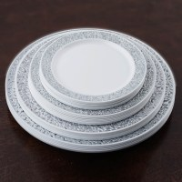 "Plastic 9"" ROUND PLATES with Lacy Trim Party Wedding ..."