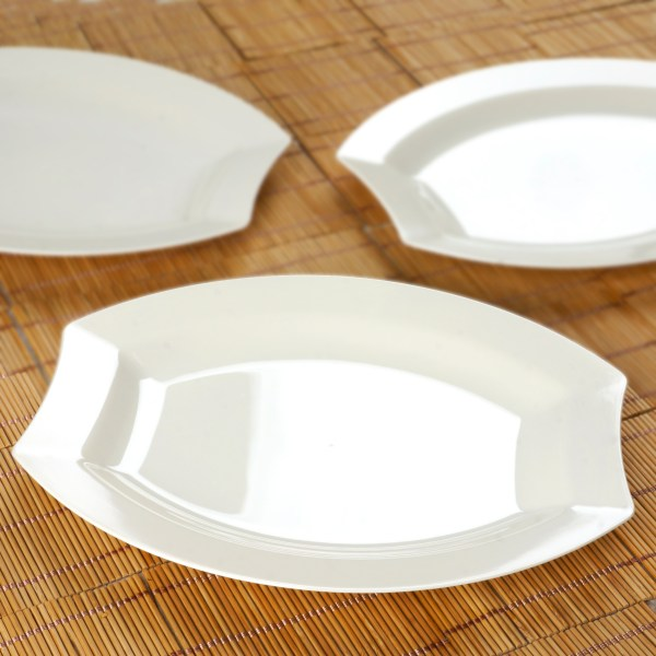 "Hard Plastic 10.5"" Oval Dinner Plates Wedding Party"