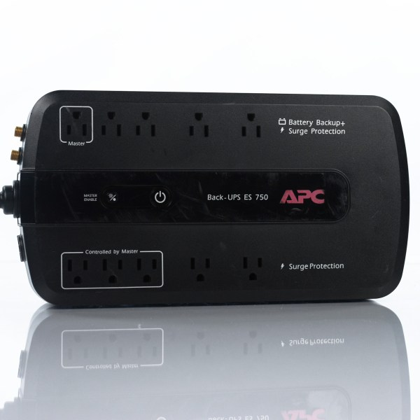 Apc -ups Es 750 Be750g 10-outlet Battery Surge Protector