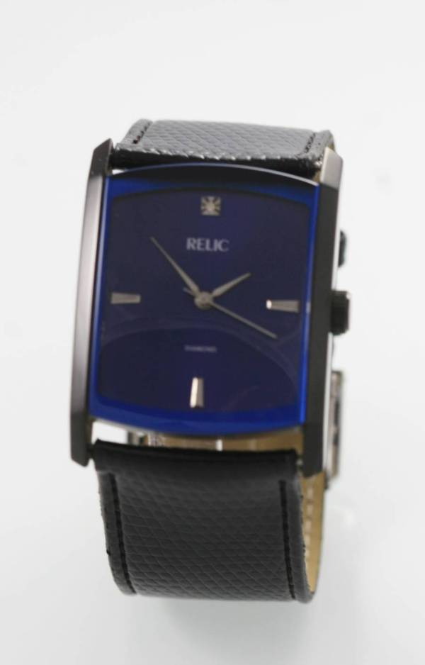 Relic Blue Men' Stainless Black Leather Easy Read 30m