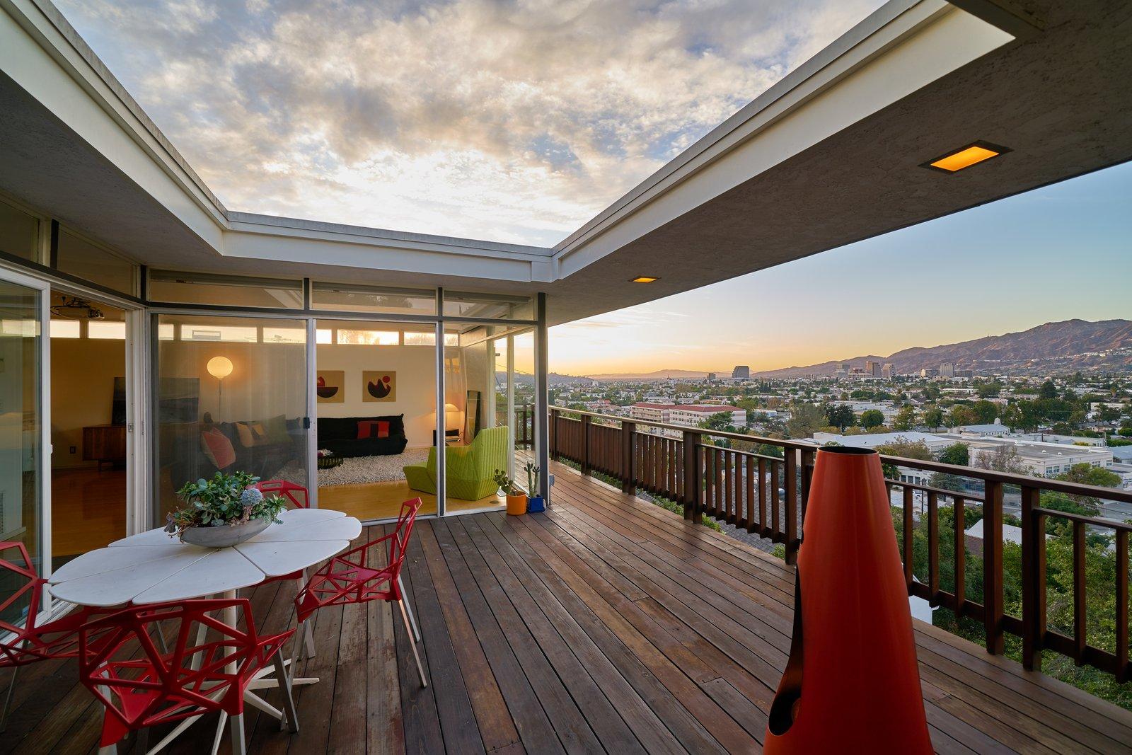A MidcenturyModern Home in LA Designed by Richard Banta