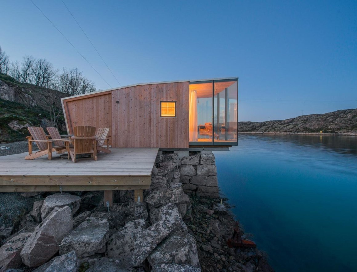 10 maisons en porte-à-faux qui détruisent la gravité - Photo 12 de 23 - Les cabines sont constituées de deux couches de construction en bois.  La couche extérieure est en bois de mélèze avec un vitrage personnalisé.
