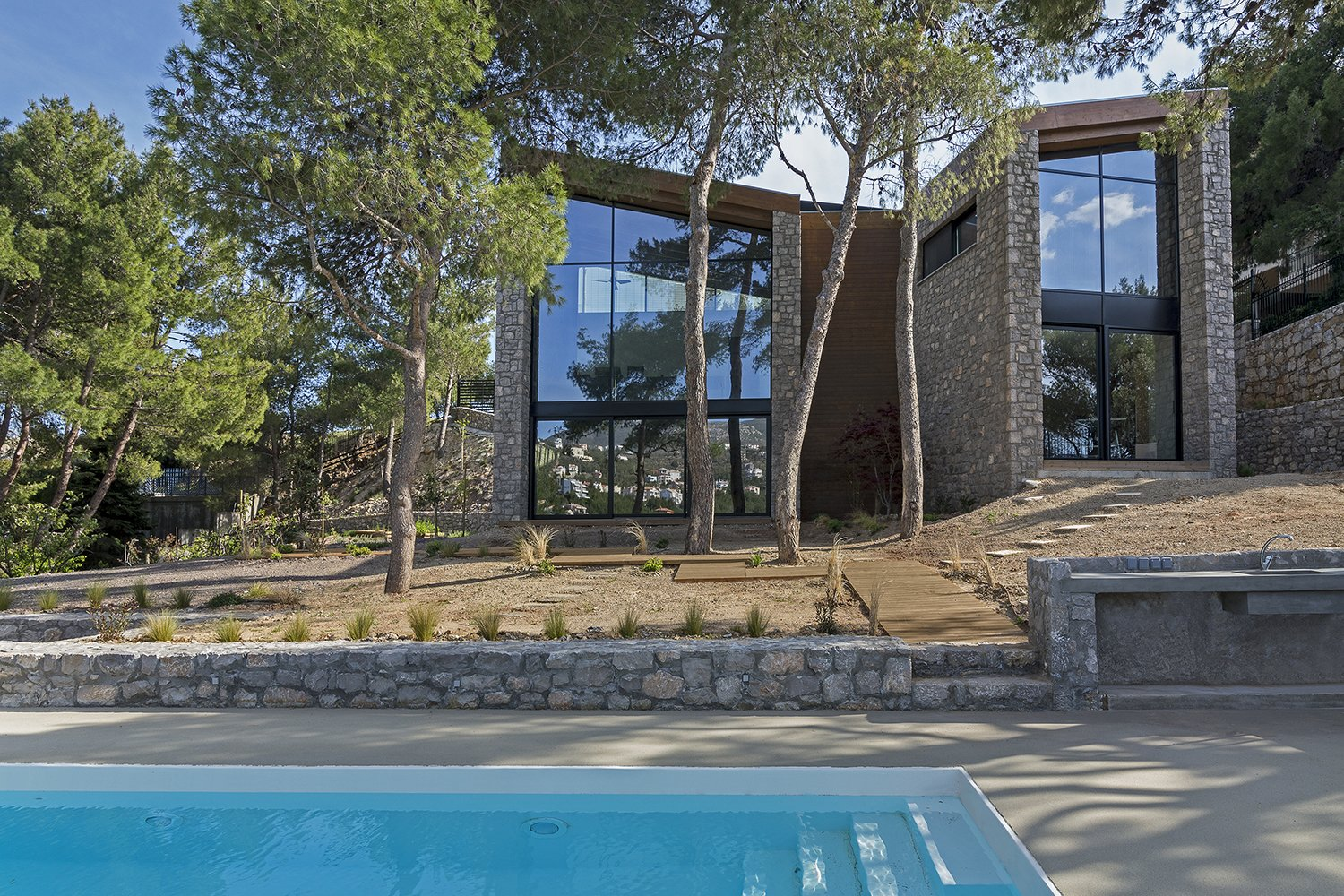 The Wedge House Modern Home in Athens Greece by schema