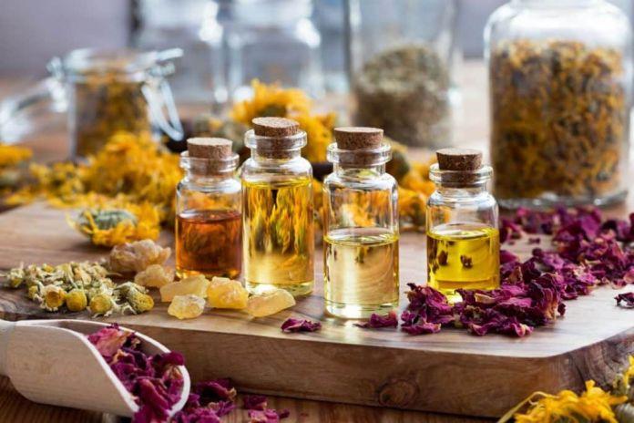 Clean Using Essential Oils