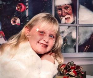 9 Most Awkward Christmas Photos… They May Make You Laugh Out Loud!