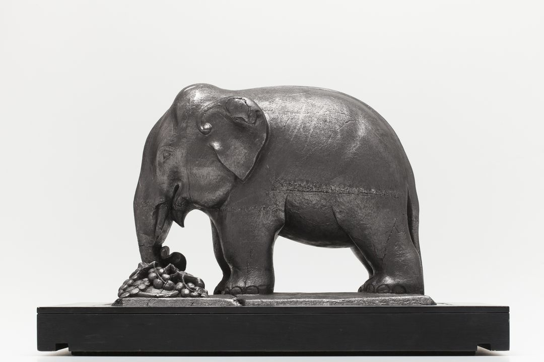 elephant carved from graphite