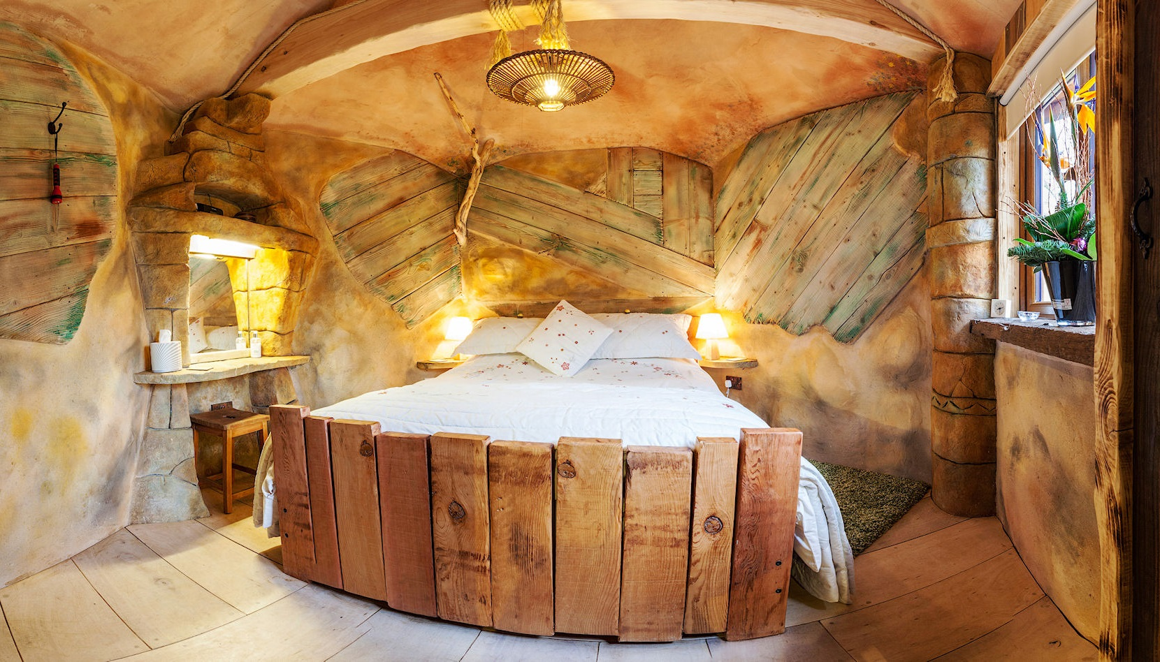 24 Amazing Beds You Want To Crawl Right Into