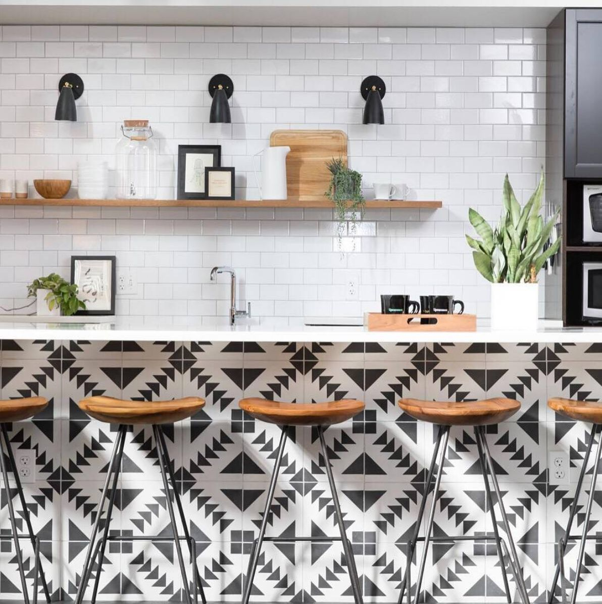 how to use peel and stick tile in every