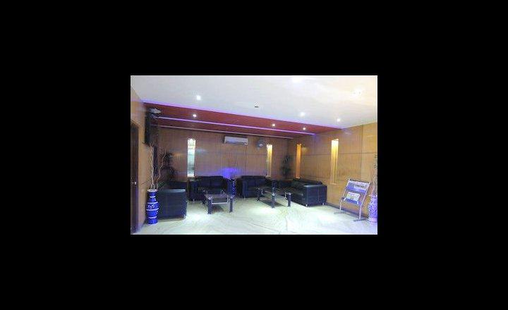 Hotel Grand Shoba New Delhi India Pricetravel