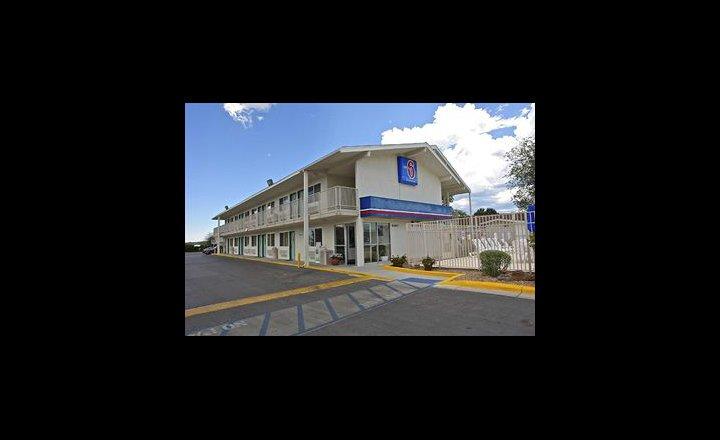 Motel 6 Santa Fe Hotel United States Of America Pricetravel