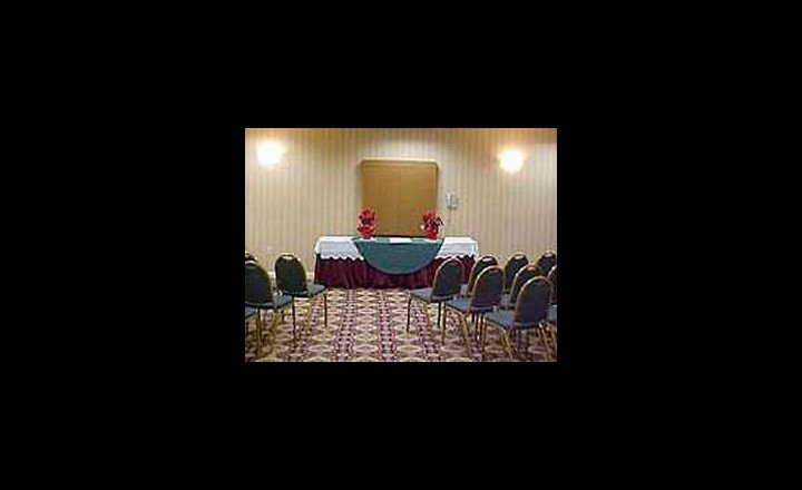 Baymont Inn Suites Fultondale Hotel United States Of