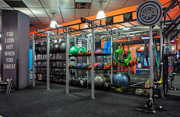 Best Gyms Personal Trainers Fitness Classes In Union Square Nyc Crunch Fitness