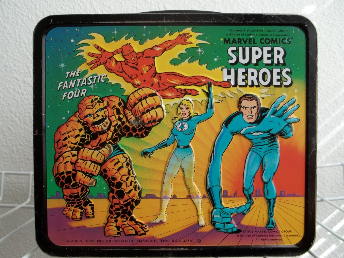 Marvel Comics Super Heroes Lunch Box With Bottle