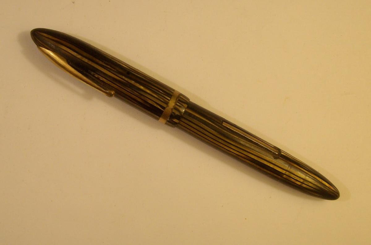 Fashion Ink Pens Old