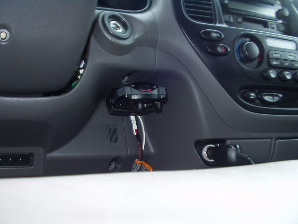 hight resolution of installed controller in pocket below ignition
