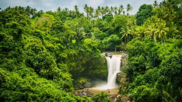 10 Most Beautiful Waterfalls In Indonesia Bookmundi