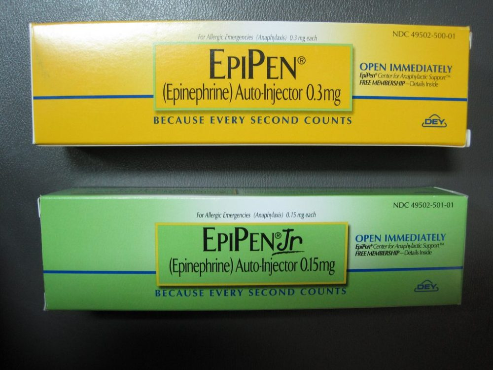 medium resolution of as epipen prices skyrocket consumers and emts resort to syringes for severe allergies pbs newshour