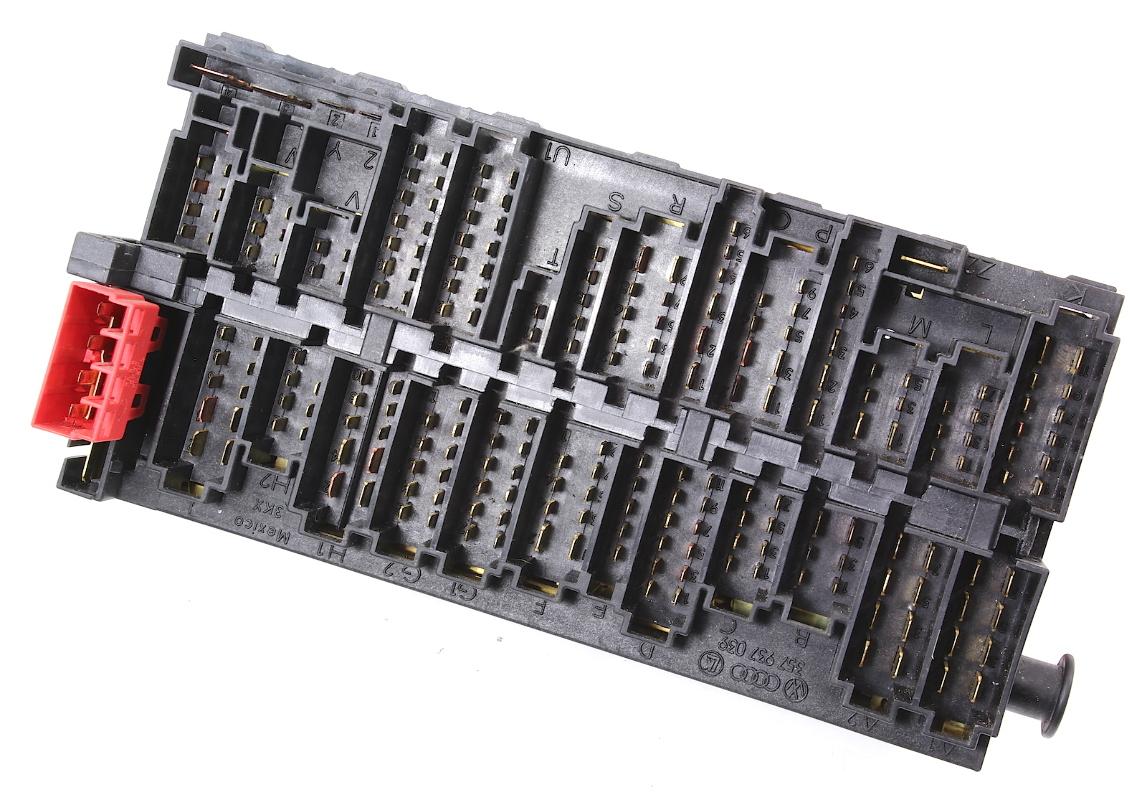 hight resolution of  relay board fuse box panel block ce2 vw jetta golf mk3 passat b4 357 937