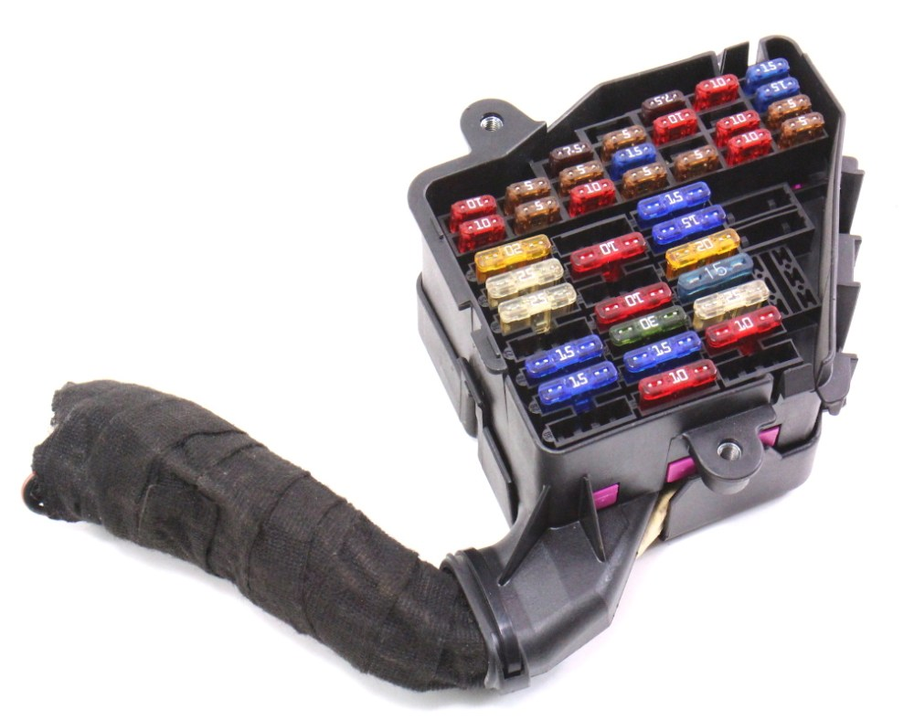 medium resolution of wrg 5531 05 jetta fuse boxunder dash fuse box panel u0026 pigtail 99 05