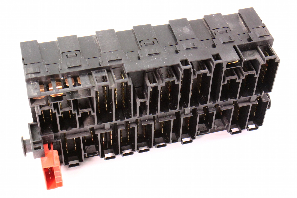 hight resolution of relay board fuse box panel block ce2 vw jetta golf mk3 passat b4
