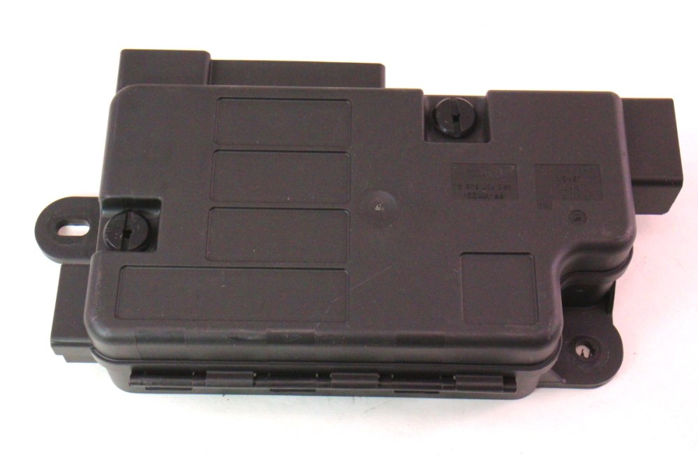 medium resolution of battery overload trip switch fuse box 06 10 vw passat b6 8p0 937 548 a carparts4sale inc