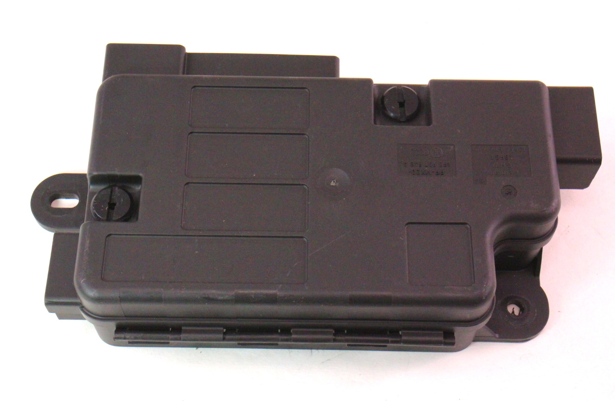 hight resolution of battery overload trip switch fuse box 06 10 vw passat b6 8p0 937 548 a carparts4sale inc