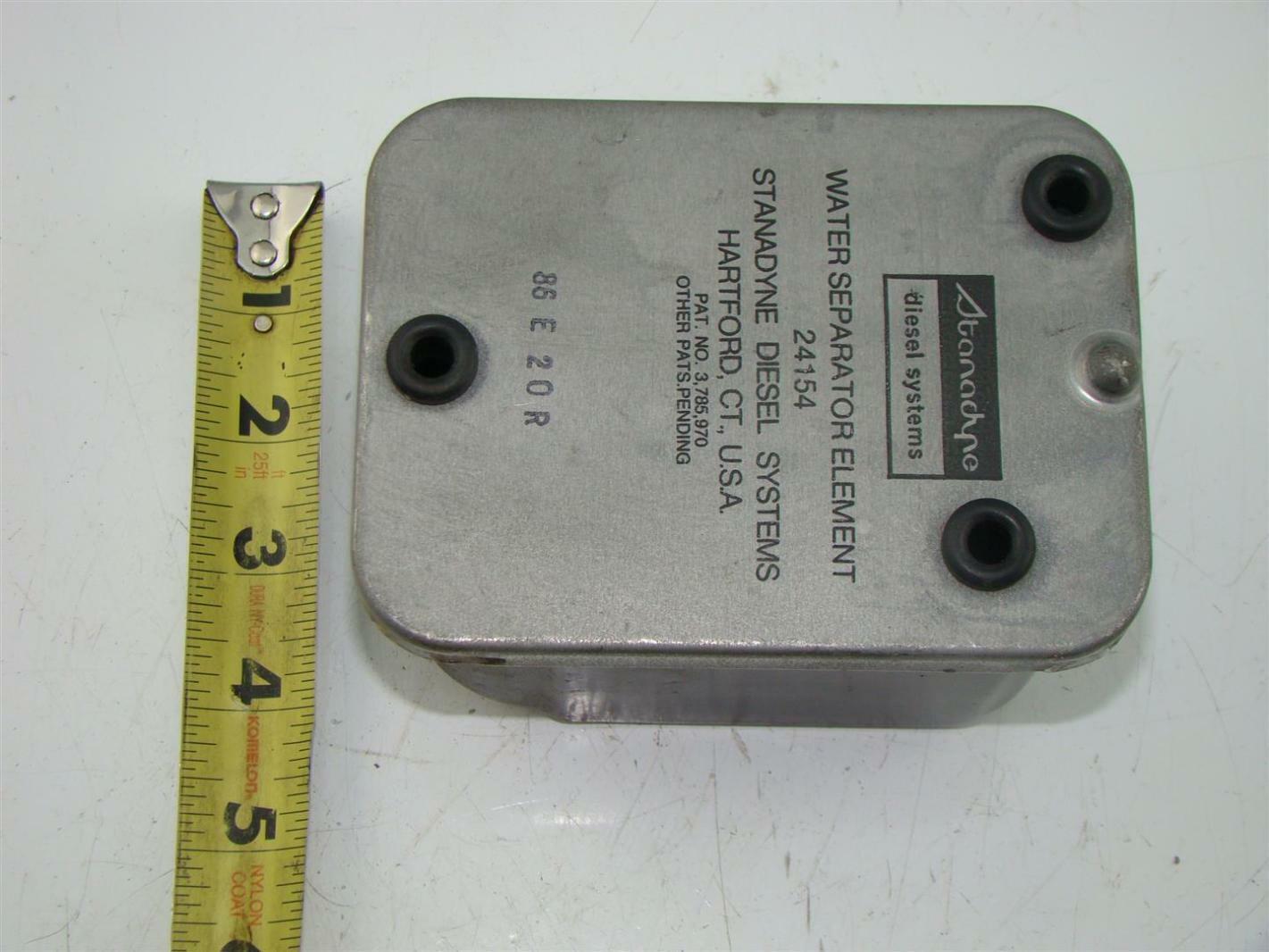 hight resolution of  stanadyne diesel fuel filter water separator system 24154