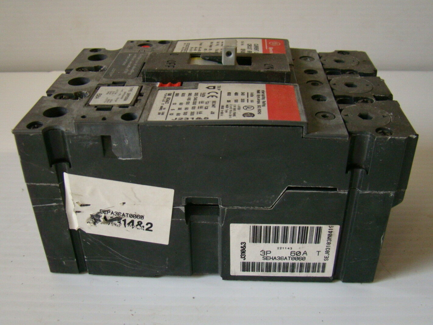 hight resolution of  ge spectra rms 60a current limiting circuit breaker sepa36at0060